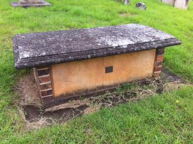 Isaac Knight's grave. Photo: Michaela Ann Cameron (2016)