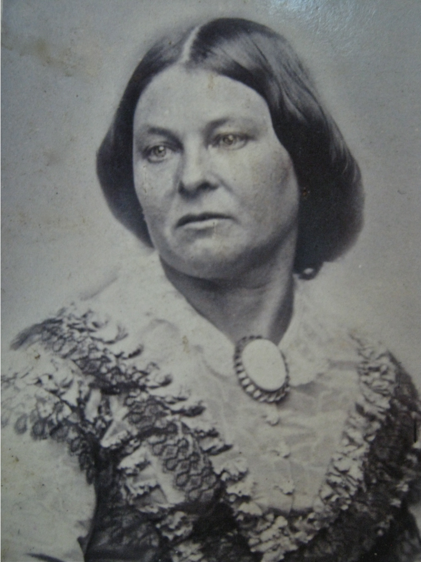 Anna Maria Moses, Mrs. J. G. Raphael, daughter of Sarah and Moses Moses, of the White Hart Inn, Yass, Jewish woman, St. John's Cemetery Project, Old Parramattans, Sarah Moses, Tell the World I Died for Love, Died of Broken Heart
